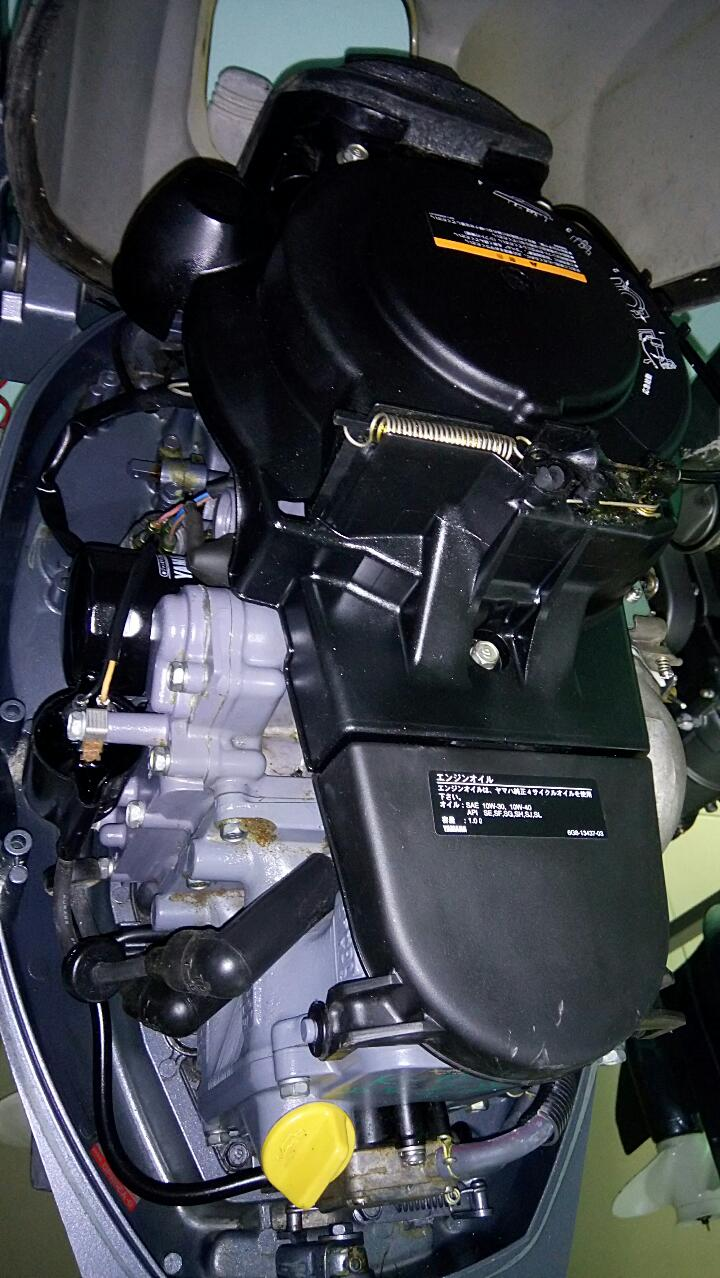 замена масла на лодочном моторе ямаха 4-х тактный
